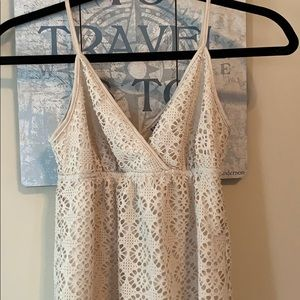 Express Babydoll Crochet-like Tan Top Sz XS